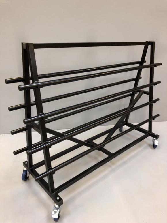 Chariot standard pour le transport de 8 tapis de danse.